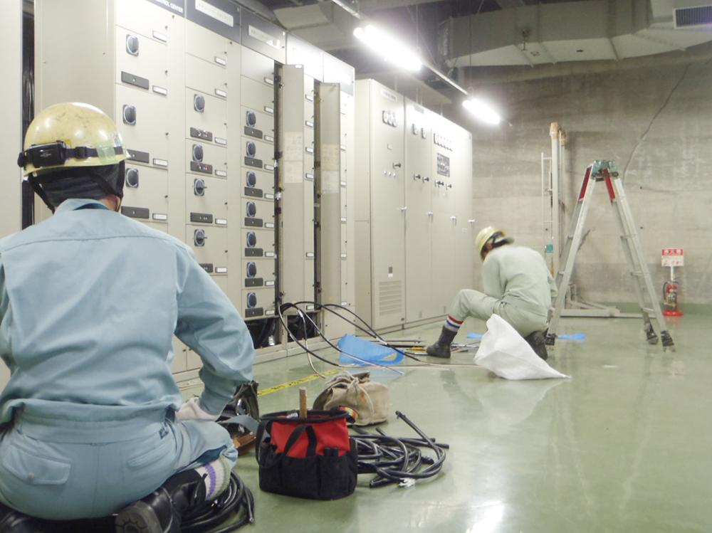 ダム遠隔監視制御装置取替1